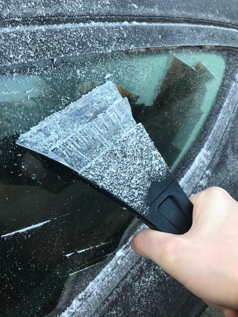Insurance Navy Auto Insurance 11 Incredibly Useful Things To Keep In Your Car Ice Scraper