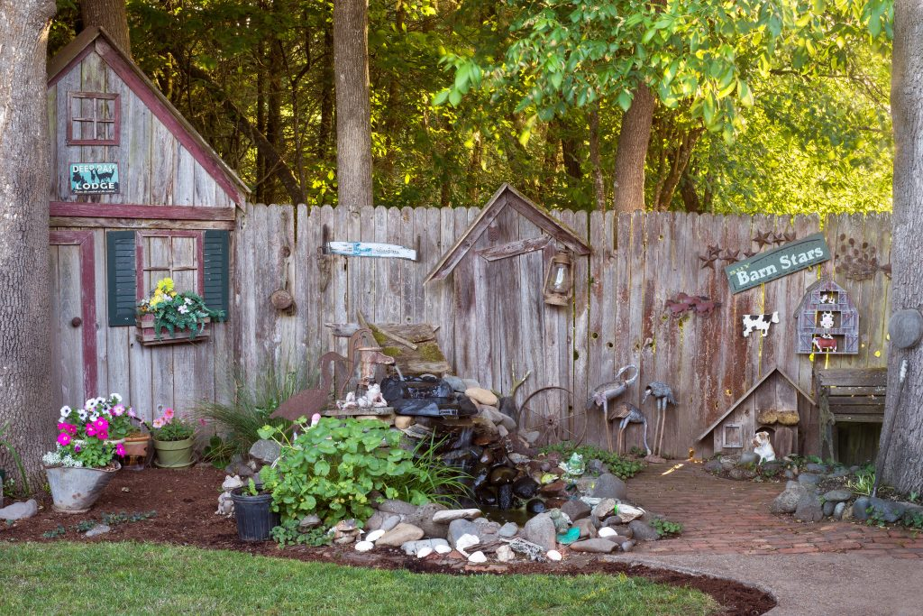 Insurance Navy Auto Insurance Simple & Affordable Ways To Improve Your Backyard Creative Fence Design