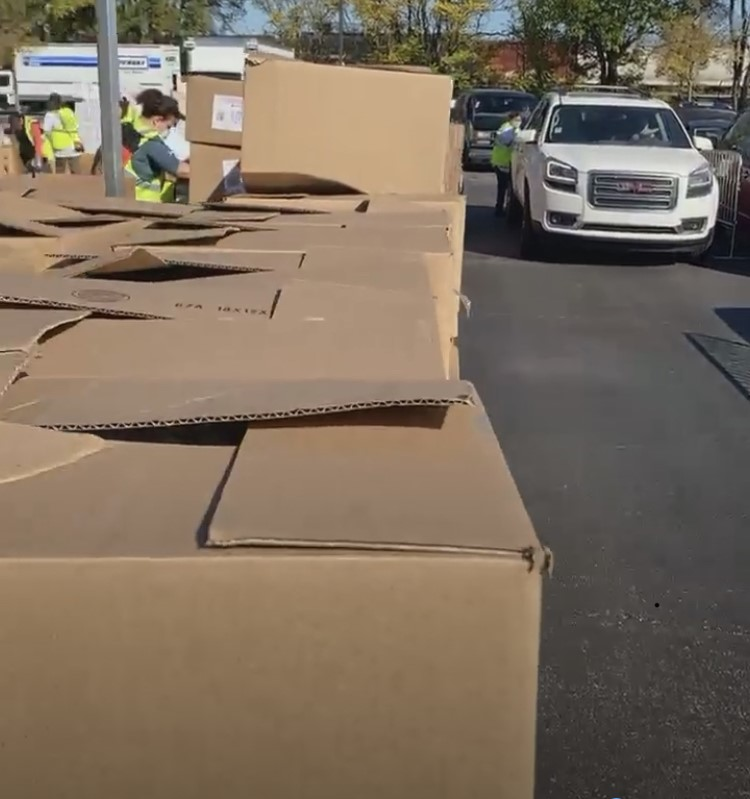 Around one thousand boxes were prepared for the food-drive